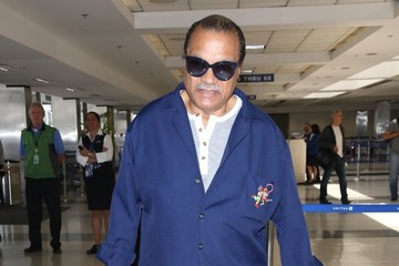 Billy Dee Williams Billy Dee Williams Spotted at LAX