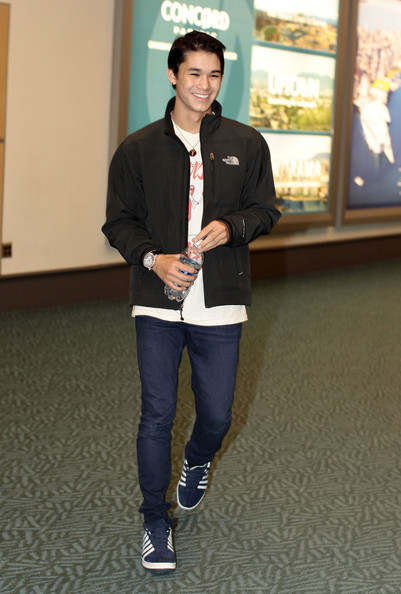 """Twilight"" stars Boo Boo Stewart and Bronson Pelletier arrive at Vancouver International Airport on a flight from LAX. They'll be heading back to the set of ""Twilight: Breaking Dawn."""