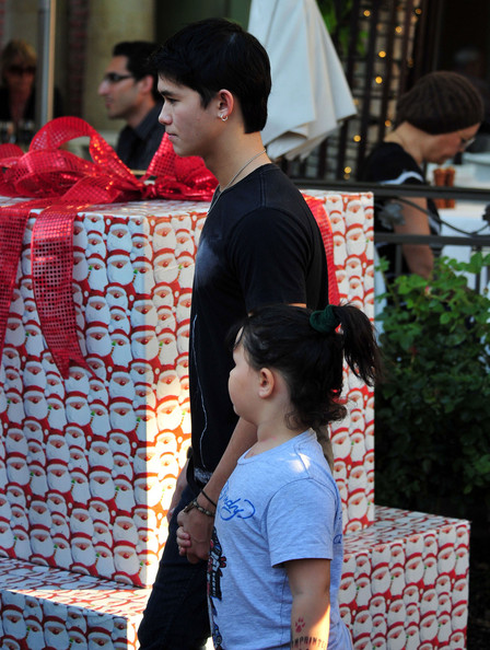 BooBoo Stewart Out Shopping At The Grove