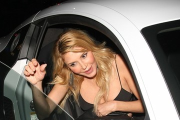 Brandi Glanville Celebrities Dine Out at Palm Restaurant