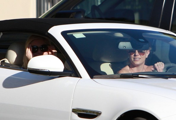 Britney Spears - Britney Spears Leaving The Mondrian Los Angeles