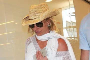 Britney Spears Britney Spears Catches a Flight at LAX