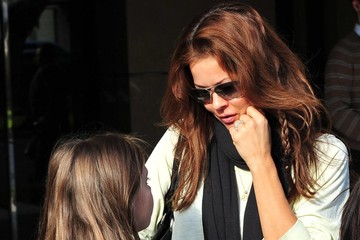 Brooke Burke Neriah Fisher Brooke Burke Out For Lunch With Her Daughter In Brentwood