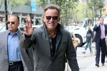 Bruce Springsteen Bruce Springsteen and Patti Scialfa Enjoy a Walk in New York