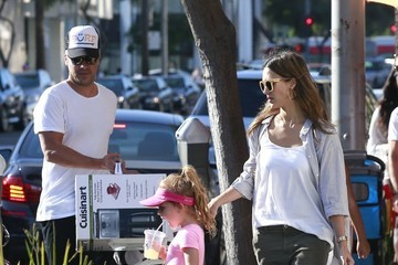 Cash Warren Jessica Alba and Her Family Enjoy a Day Out in Beverly Hills