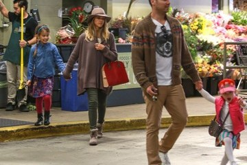 Cash Warren Jessica Alba & Family Grocery Shopping At Whole Foods