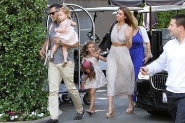 Cash Warren Jessica Alba Heads to a Mother's Day Brunch