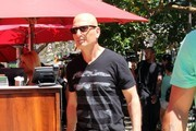 Howie Mandell Photos Photo