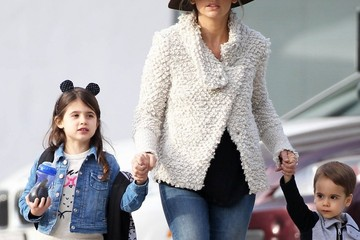Charlotte Prinze Sarah Michelle Gellar Out with Her Kids