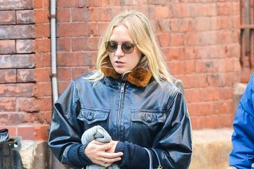 Chloe Sevigny Chloe Sevigny Out with Friends in NYC