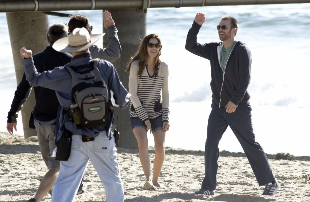 Michelle Monaghan and chris evans