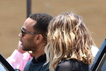 Chrissy Teigen Kim Kardashian Grabs Lunch At Nobu With Her Family