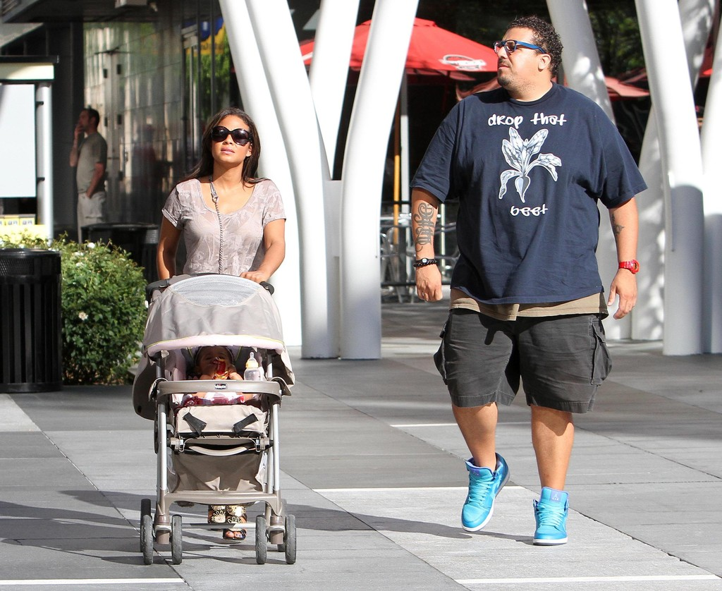 Violet Nash in Christina Milian Out Shopping With Her ...