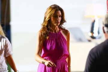 Cindy Crawford Cindy Crawford Films a Commercial in Miami