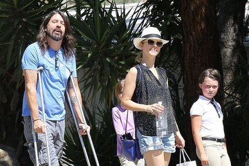 Dave Grohl Violet Grohl Dave Grohl and Family Are Spotted out in Calabasas