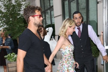 Diane Kruger Diane Kruger and Joshua Jackson Hold Hands