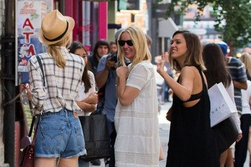 Diane Kruger Jessica Alba Shops in NYC With Friends