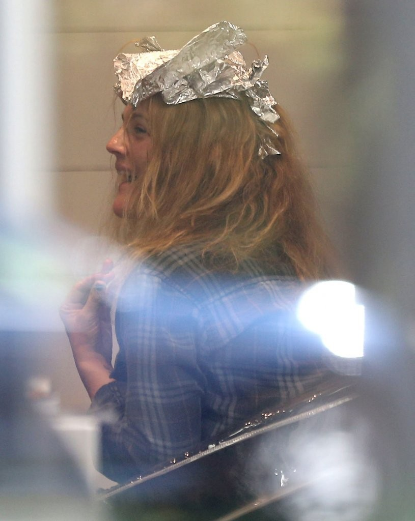 Drew Barrymore Is Blonde Again—Here's How She Went Lighter!