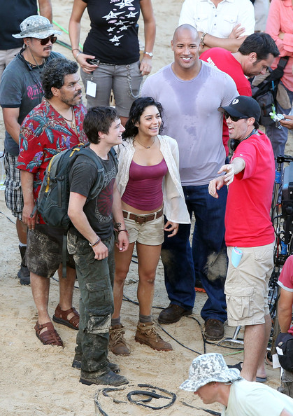 "Vanessa Hudgens, Dwayne ""The Rock"" Johnson, Josh Hutcherson and Luis Guzman"