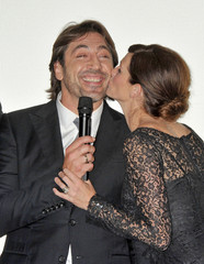 "Julia Roberts Javier Bardem ""Eat Pray Love"" Rome Premiere - Arrivals (USA AND OZ ONLY"