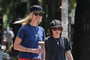 Ellen Page Steps Out With Girlfriend Samantha Thomas