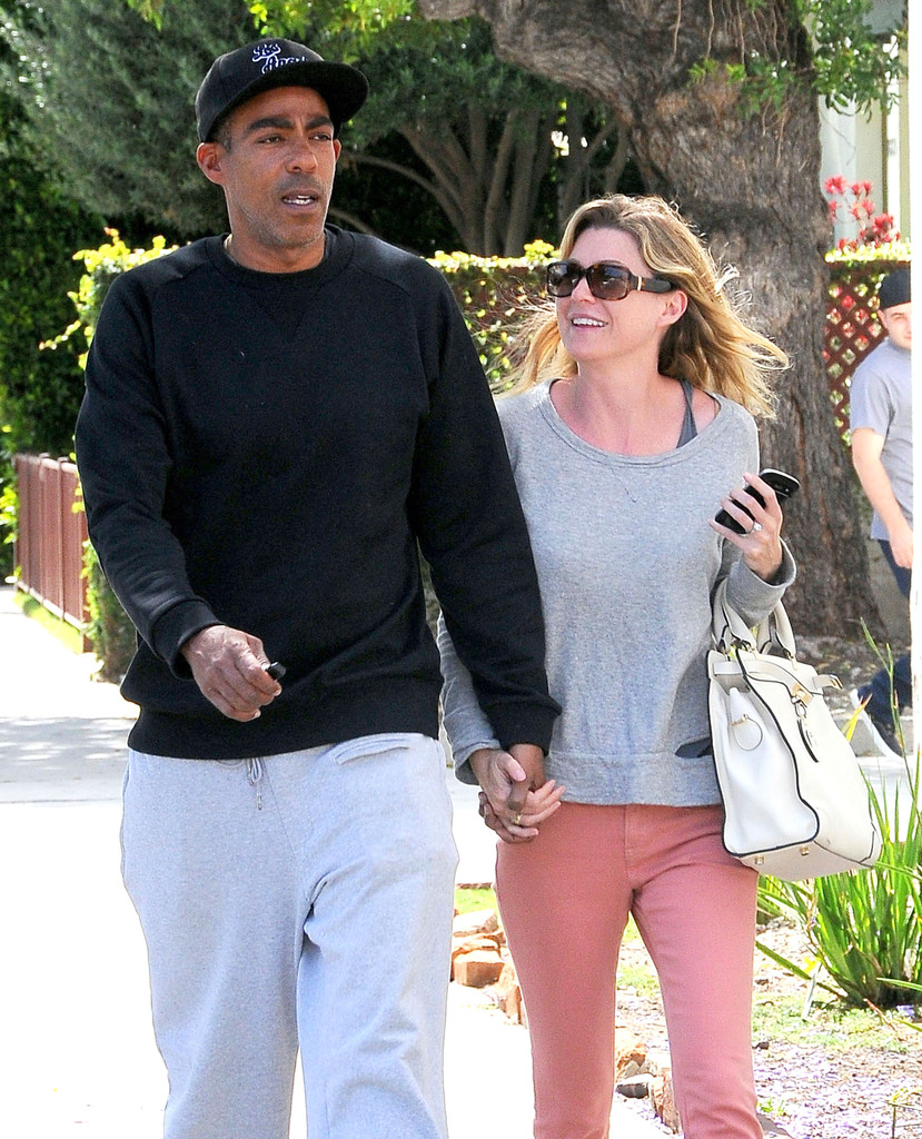 Ellen Pompeo Husband Ellen Pompeo And Chris Ivery Shopping For Carpet Zimbio