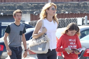 Ellery Harper Laura Dern Takes Her Kids Out For Valetine's Day Breakfast