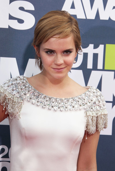emma watson 2011 mtv movie. Emma Watson - 2011 MTV Movie