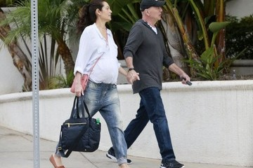Emma Heming Willis Bruce Willis and Emma Run Errands