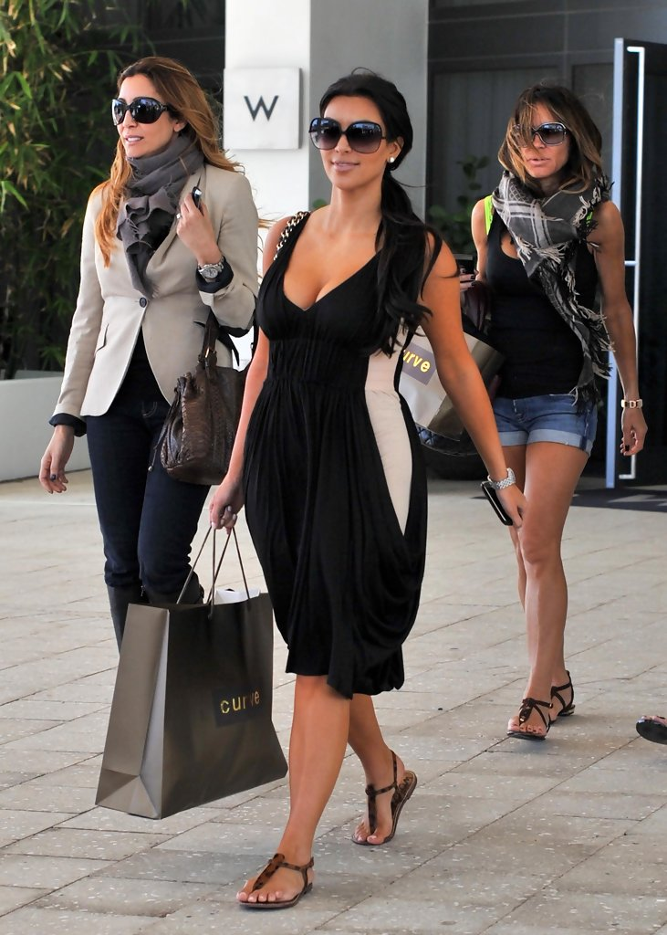 Eva Longoria Parker Celebrates Her Birthday With Lunch At The W Hotel South Beach