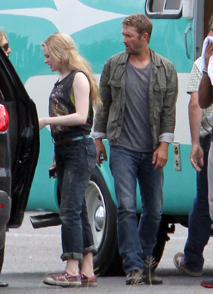 Scott Speedman Photos Evan Rachel Wood And Scott