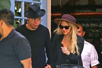 Evan Ross Ashlee Simpson and Evan Ross Get Lunch