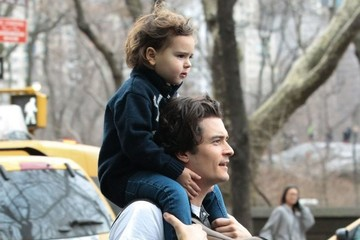 Flynn Bloom Orlando Bloom Gives His Son a Ride