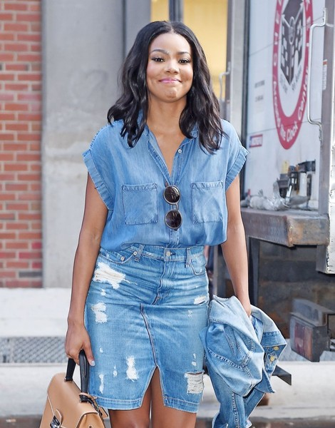 36ff60d04 Gabrielle Union Photos Photos - Gabrielle Union Loves Her Denim - Zimbio