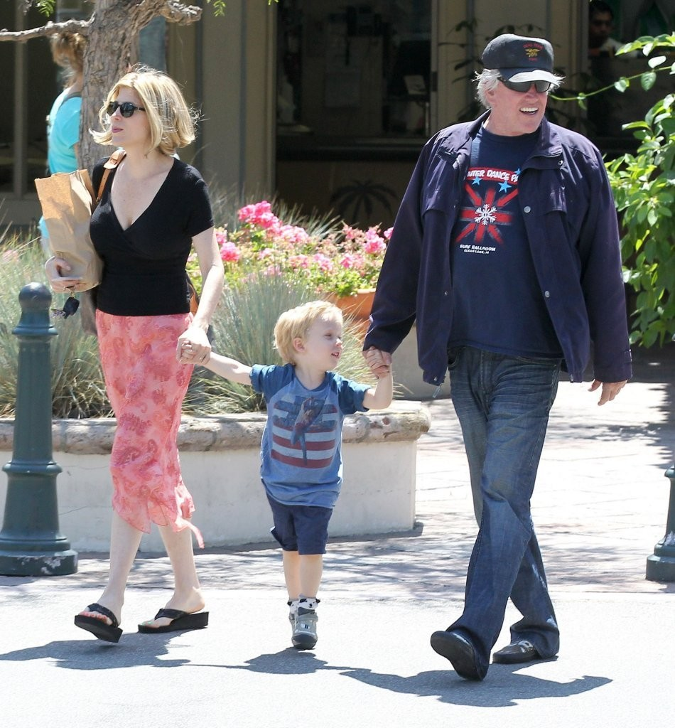 Gary Busey and Family Spotted Out in Malibu - Zimbio