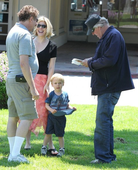 Gary Busey and Family Spotted Out in Malibu []
