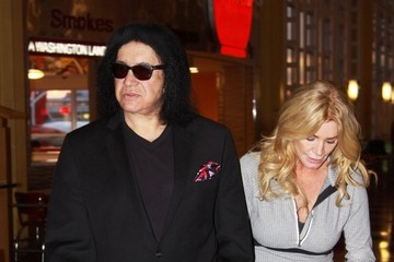 Gene Simmons Gene Simmons & Shannon Tweed Catch A Flight Out Of D.C.