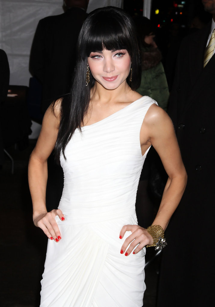 Ksenia Solo in 'All Good Things' New York Premiere - Zimbio