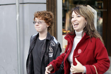 Grayson Russell Grayson Russell And His Mom Shopping In Vancouver
