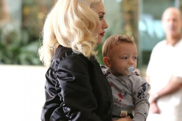 Gwen Stefani Gwen Stefani Spends the Day with Apollo