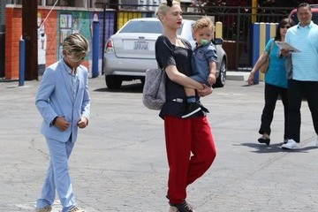 Gwen Stefani Gwen Stefani Goes to Church with Her Family