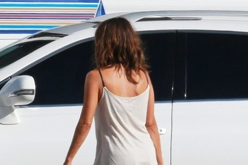 Halle Berry Halle Berry On The Set Of 'Extant'