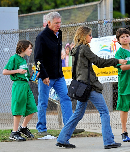 List of Synonyms and Antonyms of the Word: harrison ford family