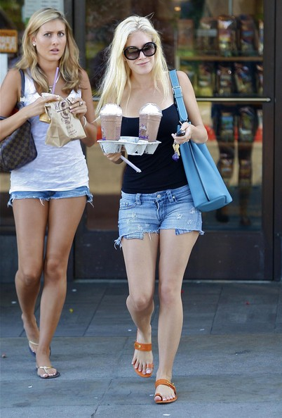 'The Hills' star Heidi Montag out getting some coffee at Coffee Bean And Tea Leaf with a friend in Los Angeles.
