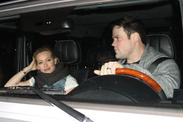 Hilary Duff Mike Comrie Hilary Duff Out to Dinner With Family