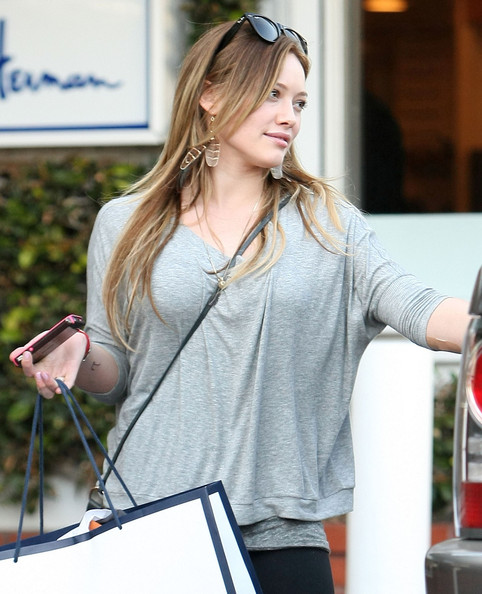 Yameex 2011: hilary duff 2011 pictures Hilary Duff Mean