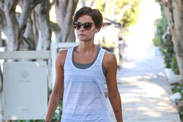 Jaimie Alexander Jaimie Alexander Does Some Shopping After The Gym