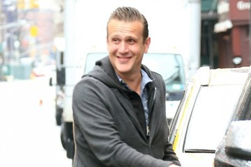 Jason Segel Jason Segel Gets Caught in the Rain in NYC