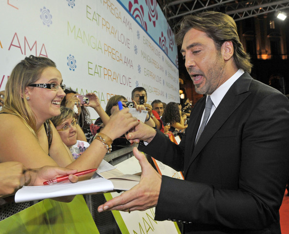 """""""Eat Pray Love"""" Rome Premiere - Arrivals (USA AND OZ ONLY"""