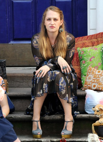 Jemima Kirke Photos - HBO's 'Girls' Films In New York - Zimbio